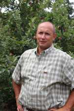 Cordell Watt, Apple Grower of the Year