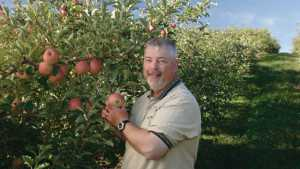Past Apple Grower Of The Year Winners Reflect On Changes In The Industry
