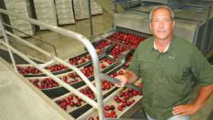 Announcing The 2012 Apple Grower Of The Year