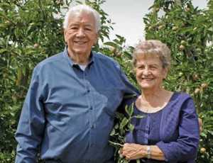 Bill and Jeannette Evans of Evans Fruit
