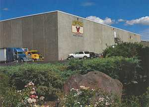 The new packinghouse (left) that opened in 1987 is one of Ralph Broetje's accomplishments.