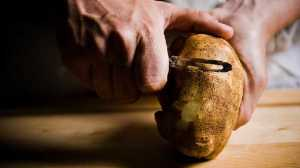 peeling potato