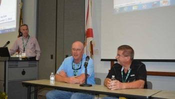 2015 Florida Ag Expo grower panel discussion participants exchange thoughts