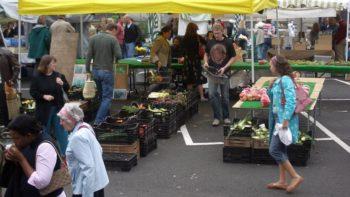 Farmers' market in London, UK FEATURE