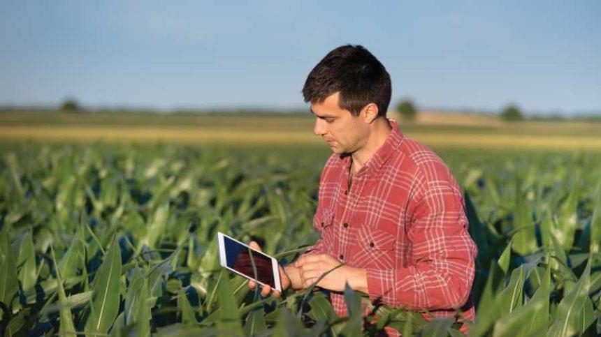 5 Apps to Help Farmers Work Smarter in the Field