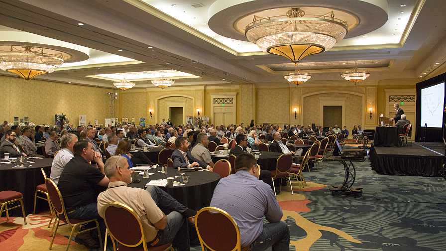 Crowd at 2018 Florida Lay of the Land Conference