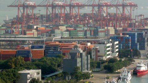 Reports: U.S. Fruit Stalled for Days at Docks in China